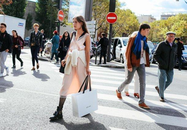 03-paris-street-style-spring-2017-phil-oh-day-5