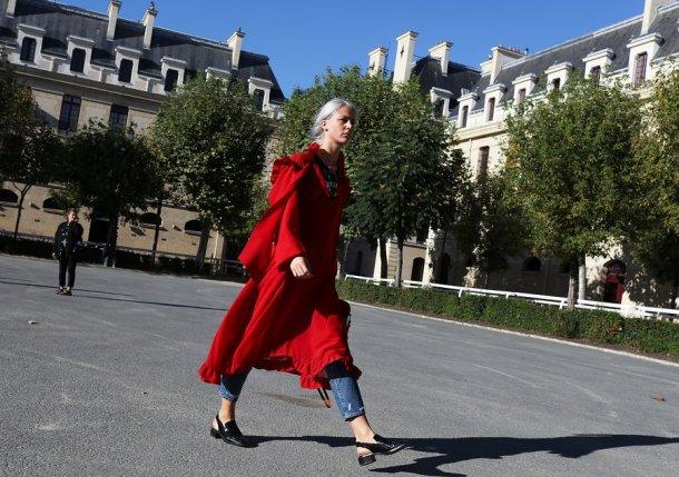 10-paris-street-style-spring-2017-phil-oh-day-6