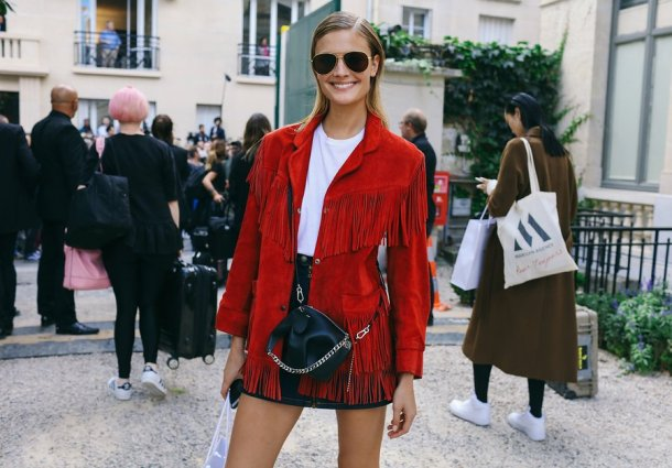35-pfw-ss17-street-style-day-23