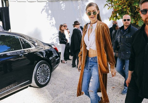 45-pfw-ss17-street-style-day-23